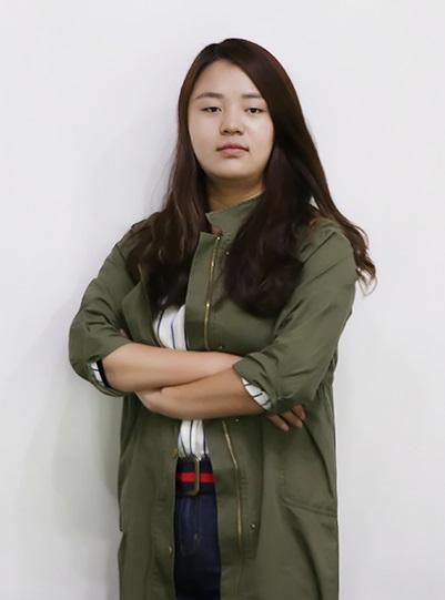 设计经理  刘丽萍