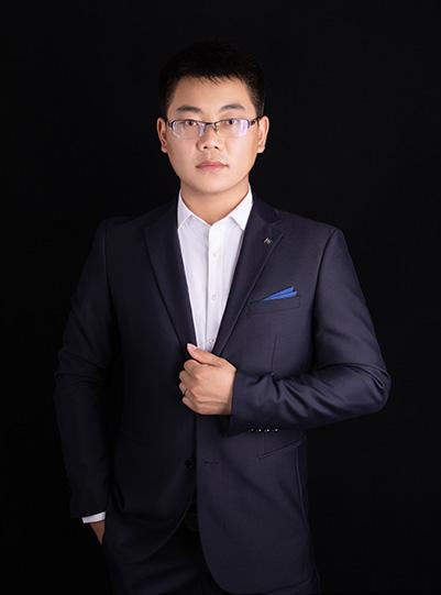 设计经理 王成俊